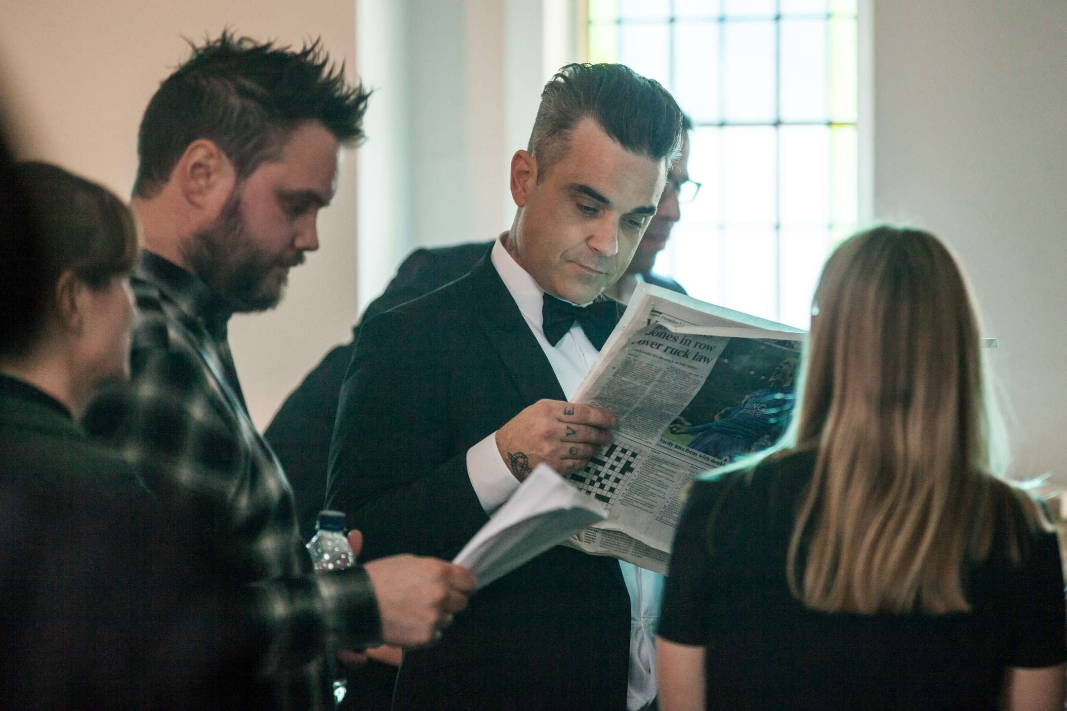 https://www.robbiewilliamslive.com/images/gallery/making-of/2017-07-07-cafe-royal-chris-hirschhaeuser/2017-07-07-cafe-royal-chris-hirschhaeuser-1.jpg