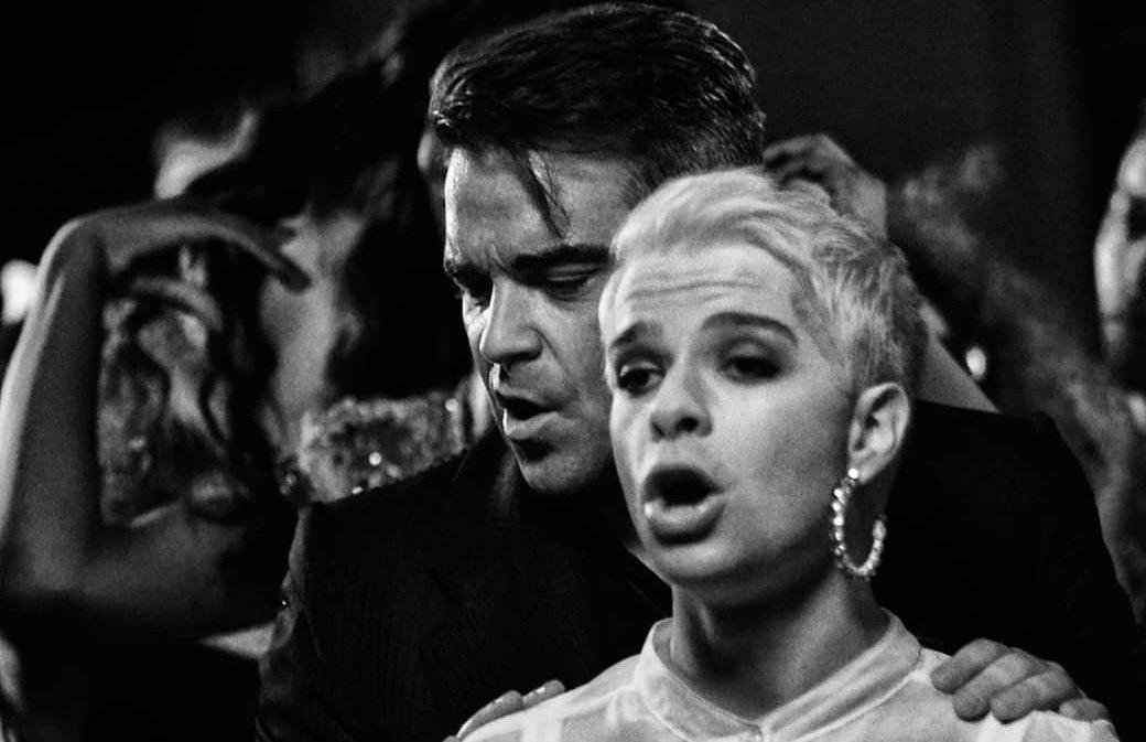 Robbie Williams et Jake Emlyn : l'inédit interdit !